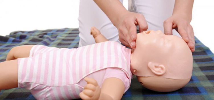 Paediatric First Aid Training 1 Day Course in North Wales
